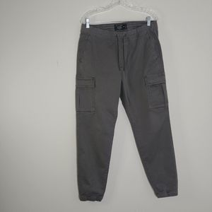 Abercrombie and Fitch ▪ Gray Cargo Joggers